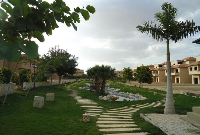 Villa For Sale in Moon Valley 1