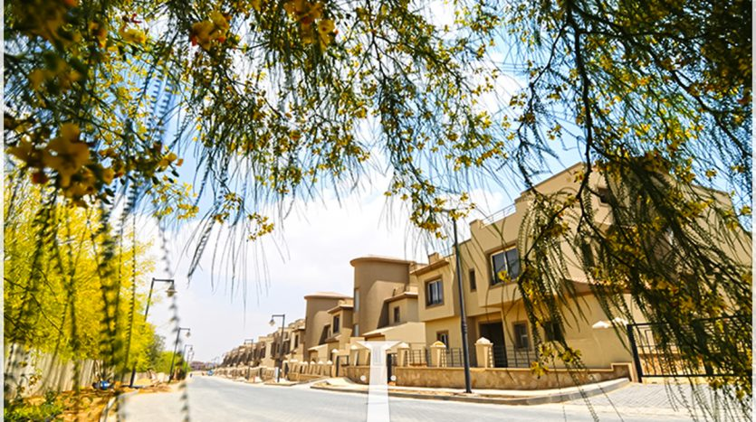 Townhouse Middle For sale in New Cairo